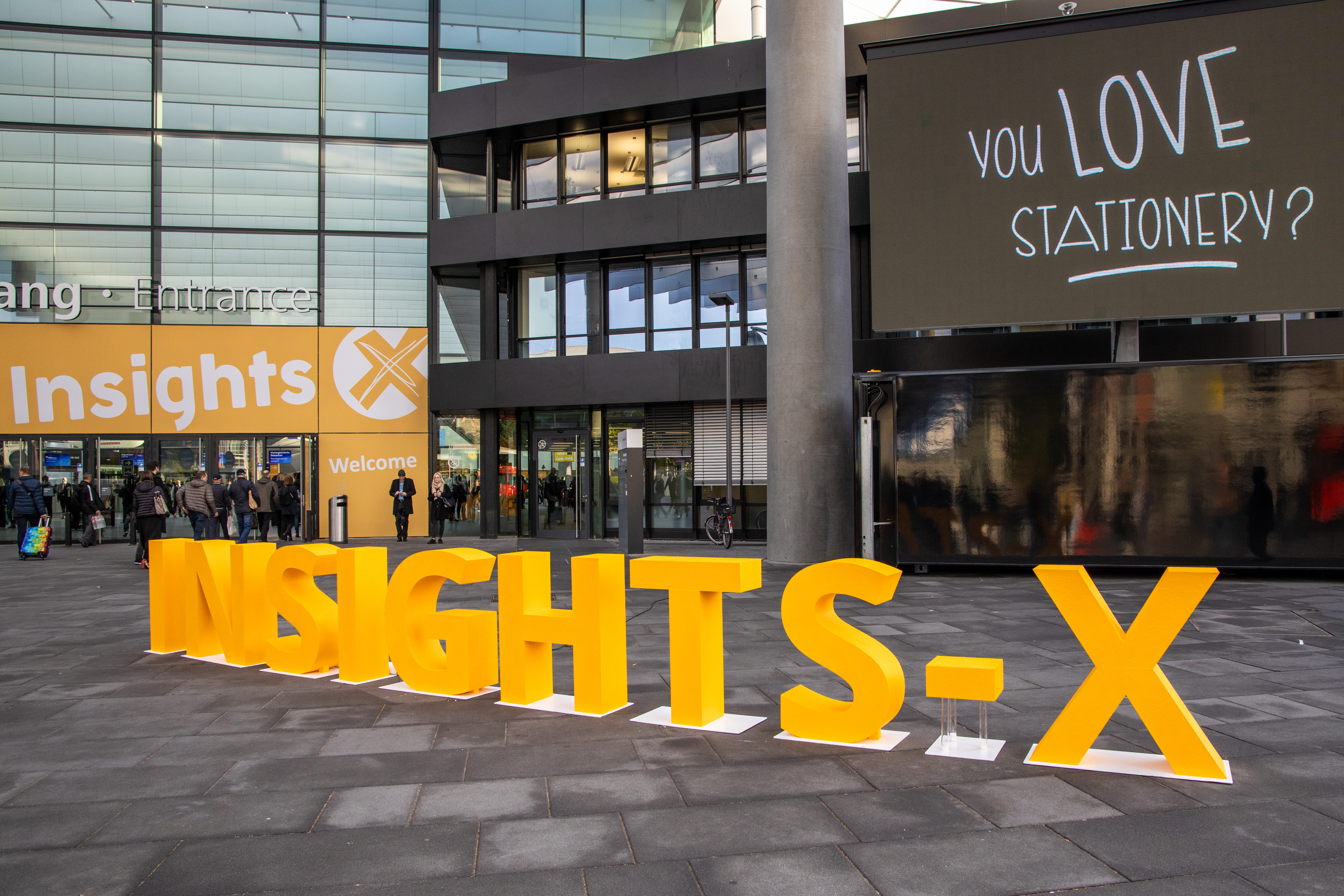 Insights-X 2019 Eingang Mitte